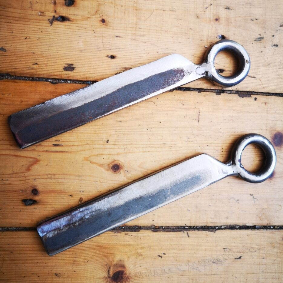 hand-made-wrapping-irons