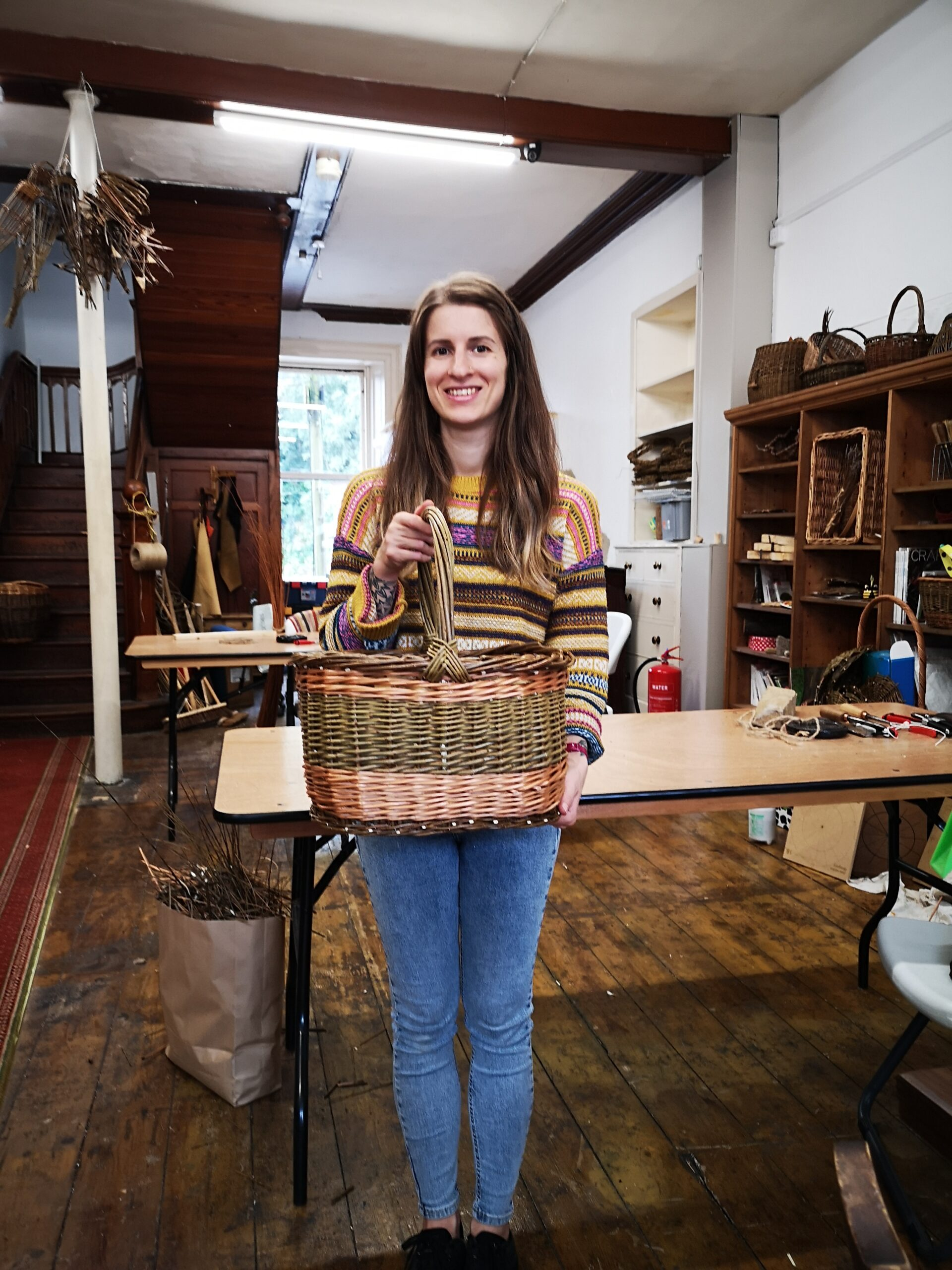 Oval-shopper-basket-weaving-students-work-creative-with-nature