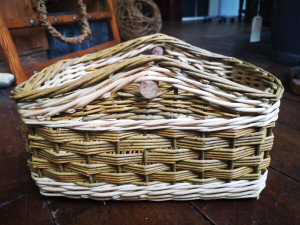 square-basket-blunt-corners-erica-roberts-creative-with-nature-2